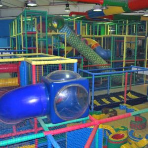 Contra el cierre masivo de parques infantiles