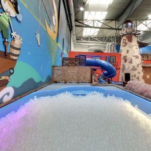 piscina de bolas con luz Icolandia